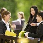 Giải pháp thông minh cho sinh viên quốc tế