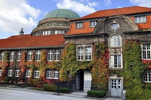 Đại học Hamburg