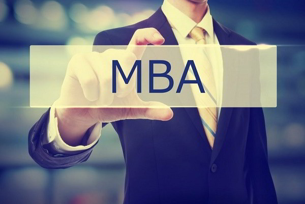 10 trường đại học có chương trình MBA tốt nhất năm 2018