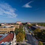 Học bổng cho 4 năm đại học lên đến 36,000 USD từ trường Đại học Kansas, Mỹ