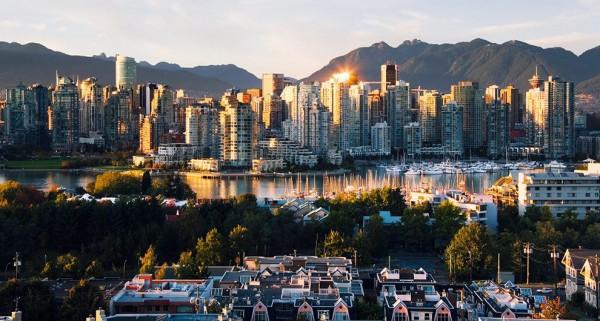 Vancouver-voi-nhung-toa-nha-choc-troi